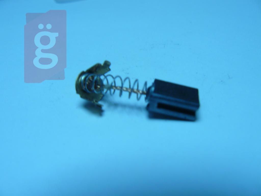 5x8x10 nútos vezetékes rúgós érinkezős szénkefe