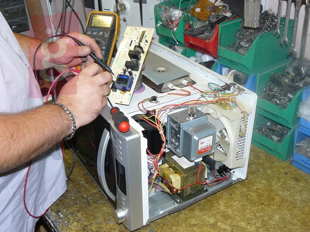 Kép a(z) Háztól-Házig Mikrohullámú Sütő Javítás  nevű termékről